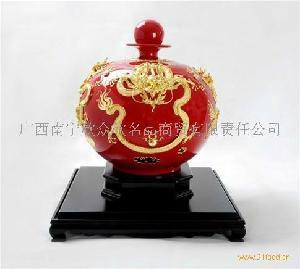 台湾洪金龙高粱酒限量版百年好酒 结合中国历史文化